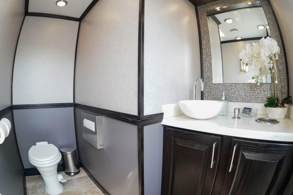 2 Station Elegant Portable Restroom Trailer nice porta potty rental