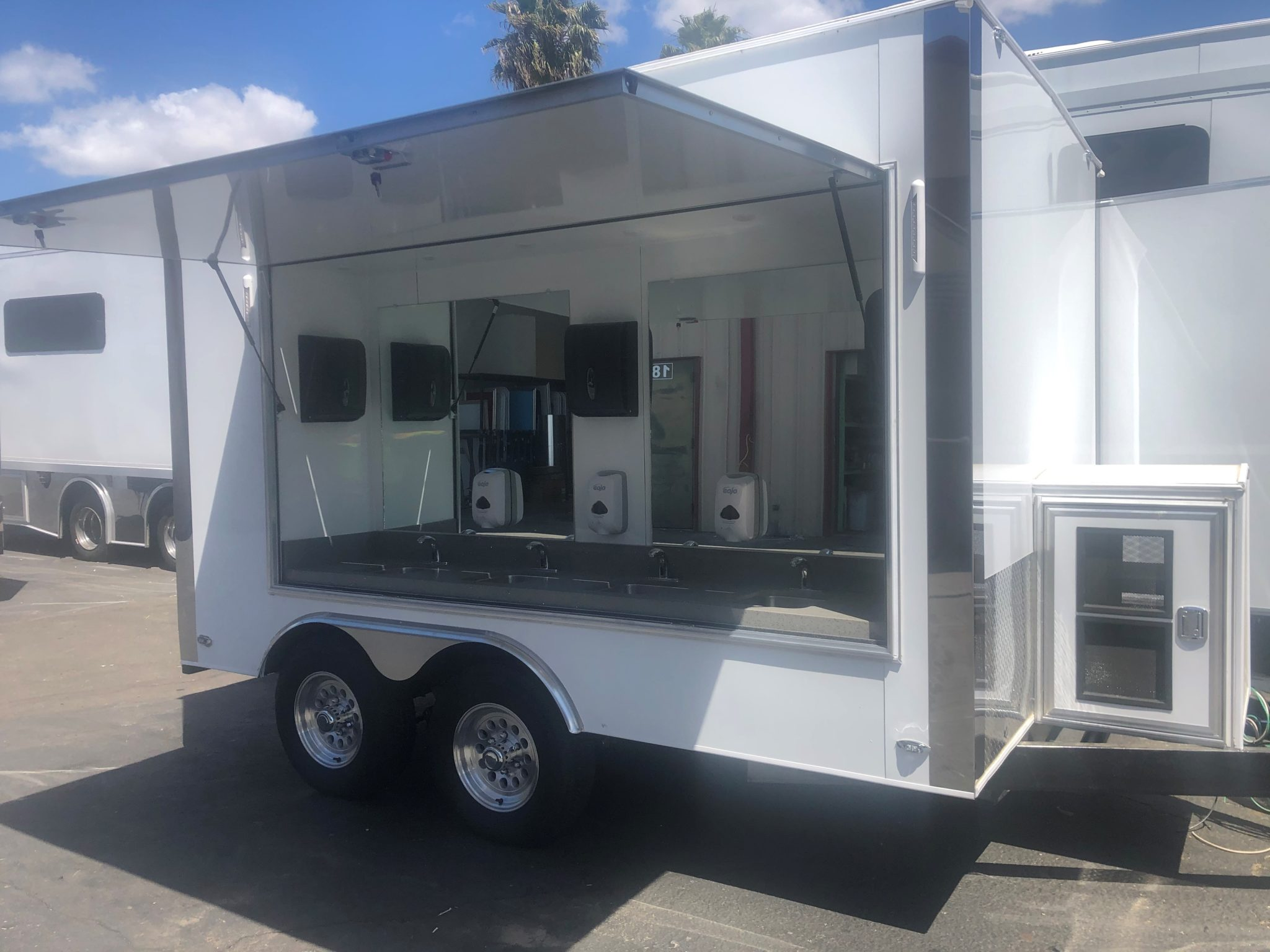 8 Station Hand Washing Trailer